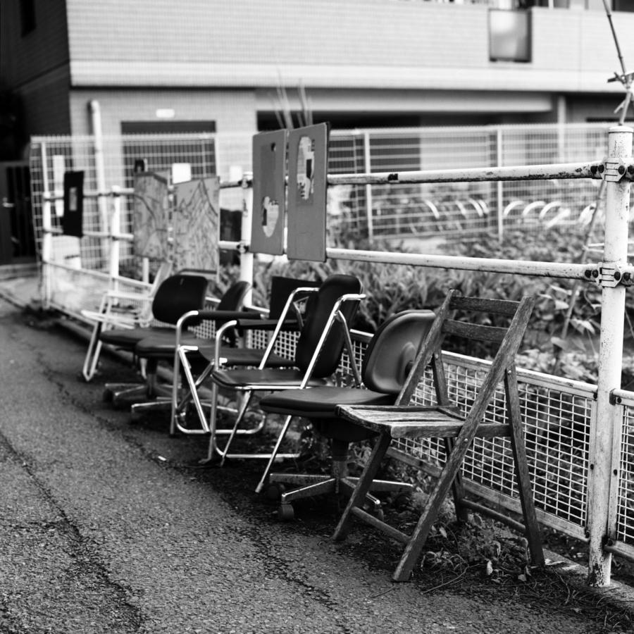 バス停のイス