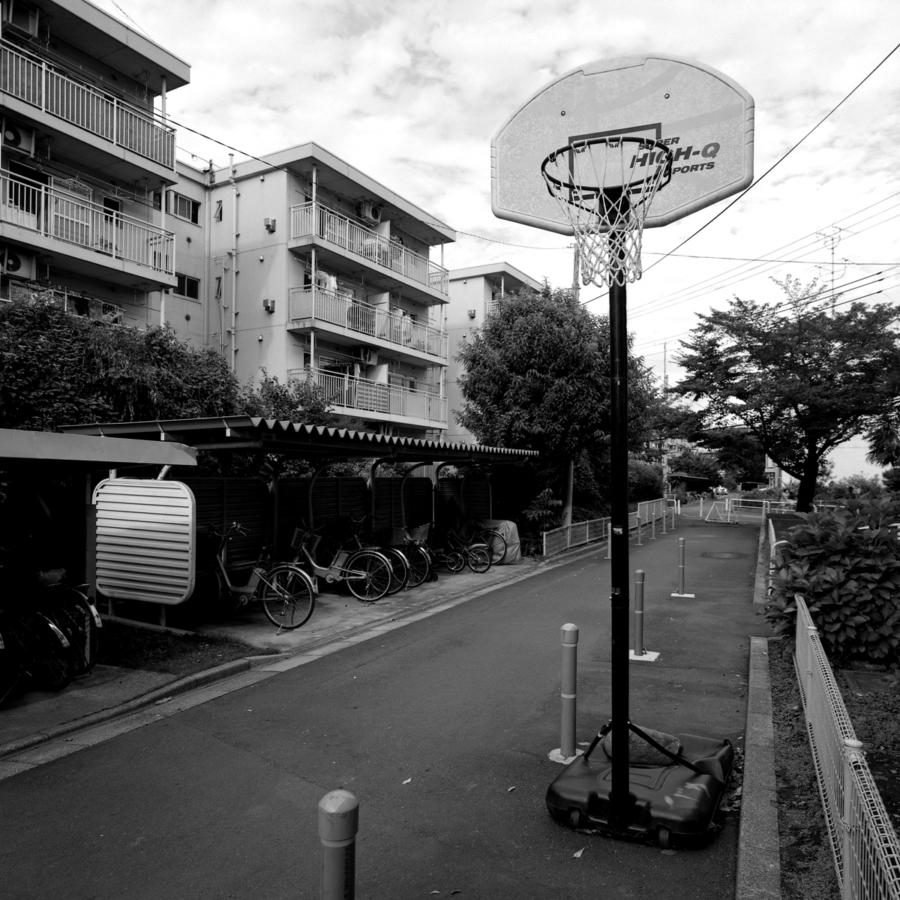 移動式のバスケットゴール