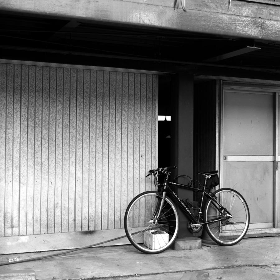停められた自転車