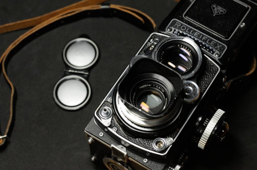 ROLLEIFLEX 3.5F Xenotar 75mm ストラップ フード レンズキャップ Kenkoのフィルター