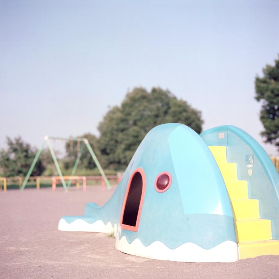 クジラの遊具