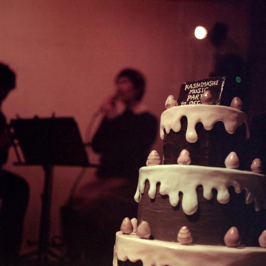 PawPawのライブとケーキのオブジェ
