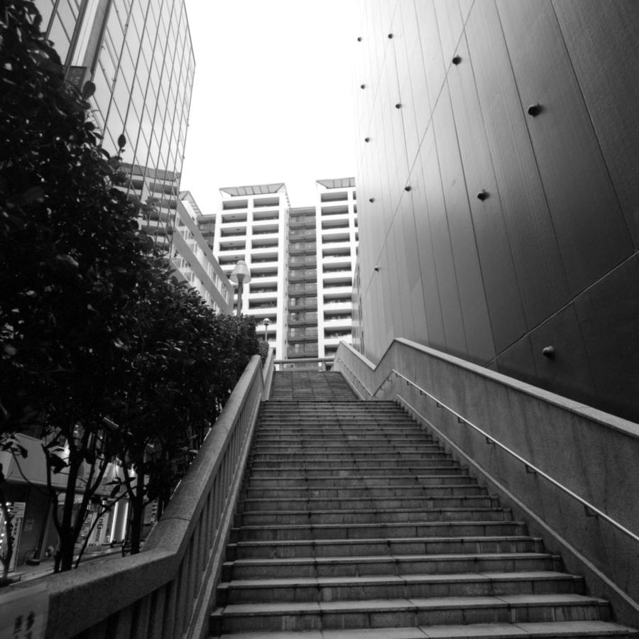 宮益御嶽神社へ続く階段
